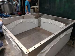 ステンレス製タンク2